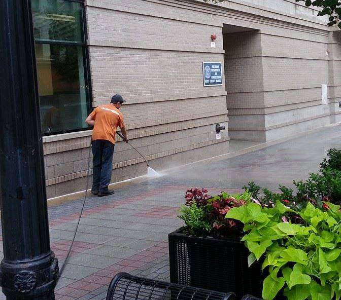 storefront cleaning